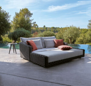 bed chaise longue